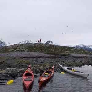 7-Escuela-kayak-ushuaia-cursos-adultos-kayaking-travesia-aventura-capacitacion-expertos-canotaje-profesor-instructor