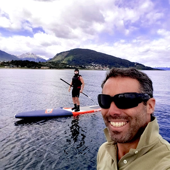 USHUAIA-SUP-tabla-kayakushuaia-escuela-cursos-remo-Stand-Up-Paddle
